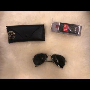 Ray ban aviators polarized sunglasses RB3025